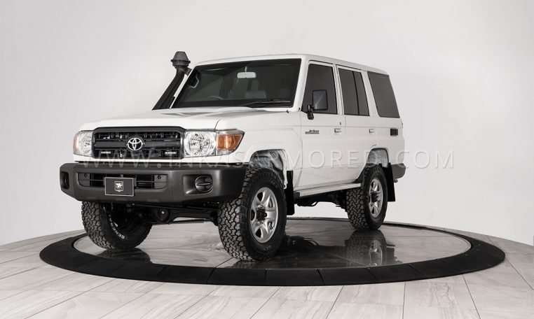 Armored Armored Toyota Land Cruiser 76 Tlc76 For Sale Inkas Armored Vehicles Bulletproof Cars Special Purpose Vehicles