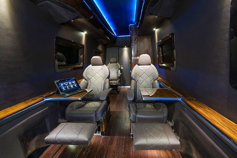 MERC SPRINTER Limo interior