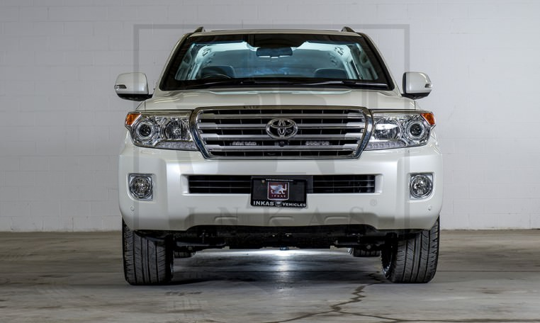 Armored Toyota Land Cruiser GXR Front